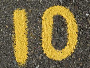 Dziesięć