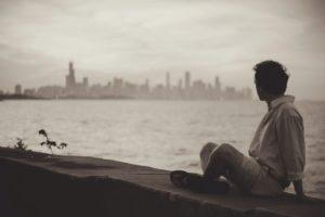 Czekać na kogoś